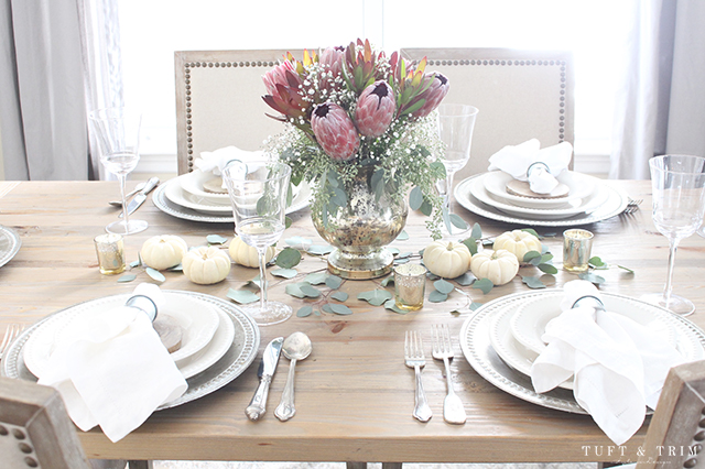 Elegant and Rustic Thanksgiving Table