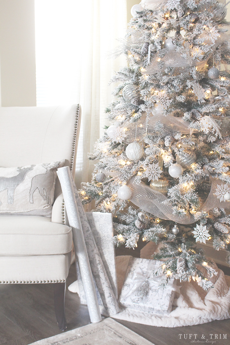 Holiday Home Tour and Decorating Tips with Tuft & Trim: Flocked Christmas Tree