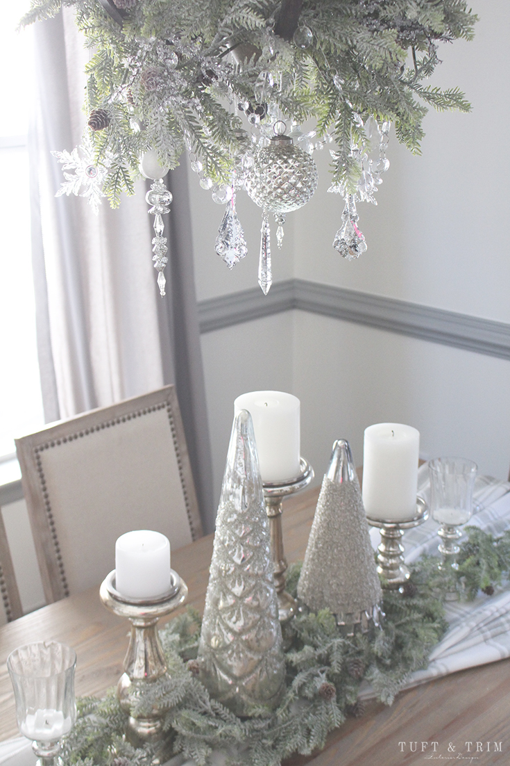 Holiday Home Tour and Decorating Tips with Tuft & Trim: Christmas Table