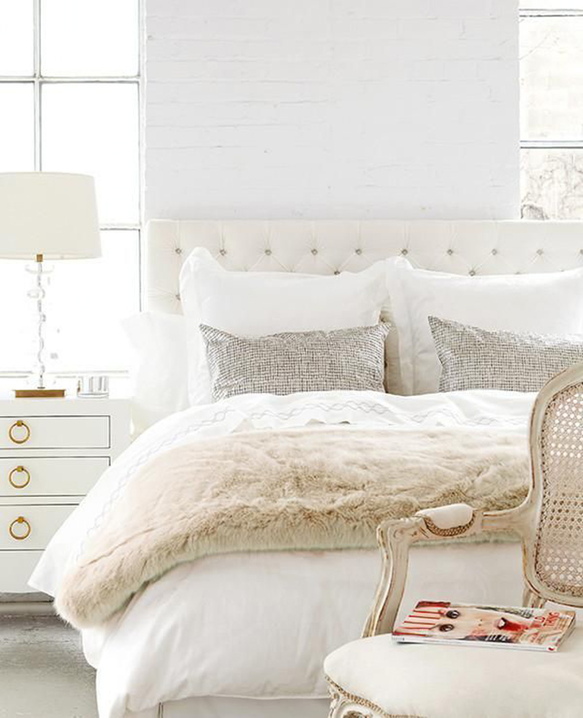 Top Favorite Neutral Pillows & Where to Find them: Solid & Textured Pillows